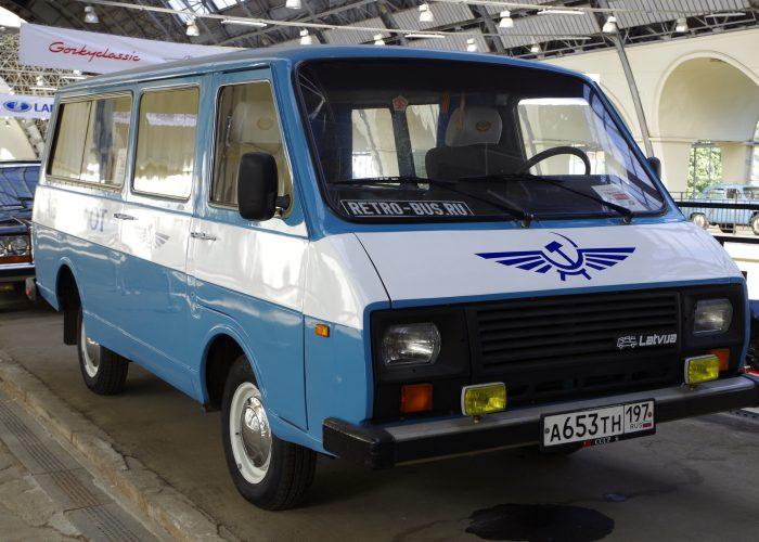 Микроавтобус «Латвия
