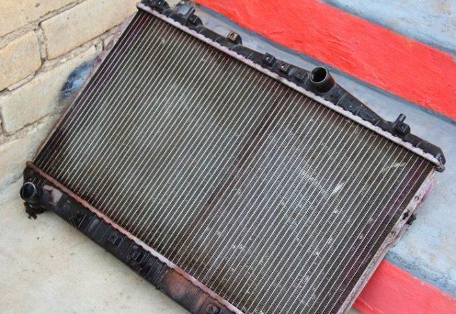 Потек радиатор охлаждения