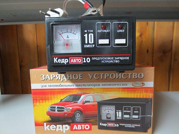 Зарядное устройство КЕДР-АВТО-10