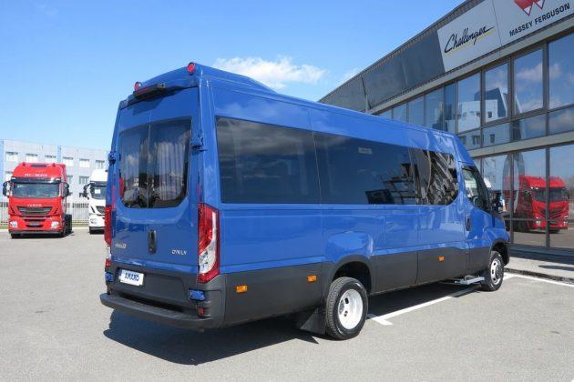 Автобус на шасси грузовика Iveco