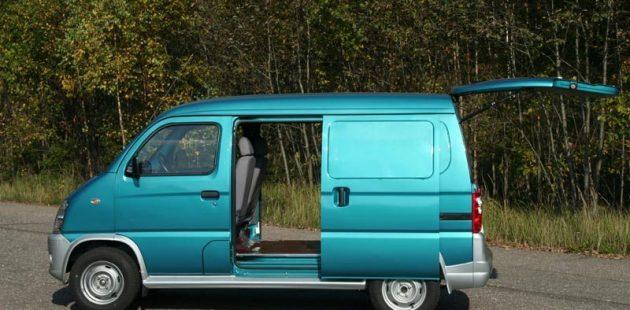 Фургон FAW 6371 - вид сбоку