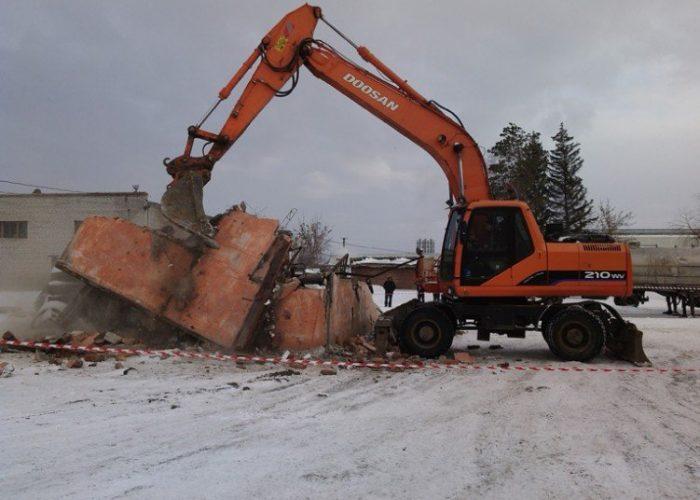 Техника Doosan для демонтажа зданий