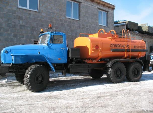 Топливозаправщик АТЗ-10-4320