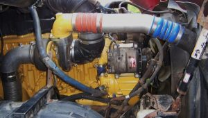 Внешний вид турбированного двигателя Kenworth T2000