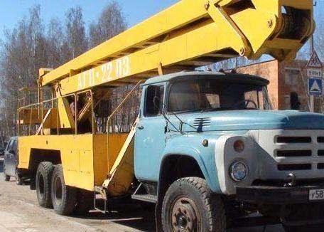 ЗИЛ-133ГЯ - автовышка