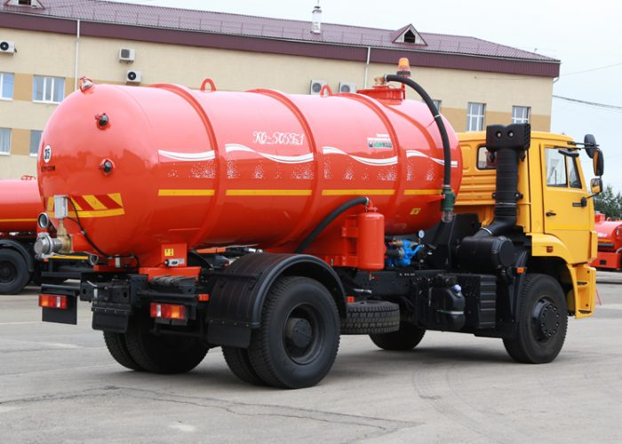 Ассенизаторская машина КО-505Б-1